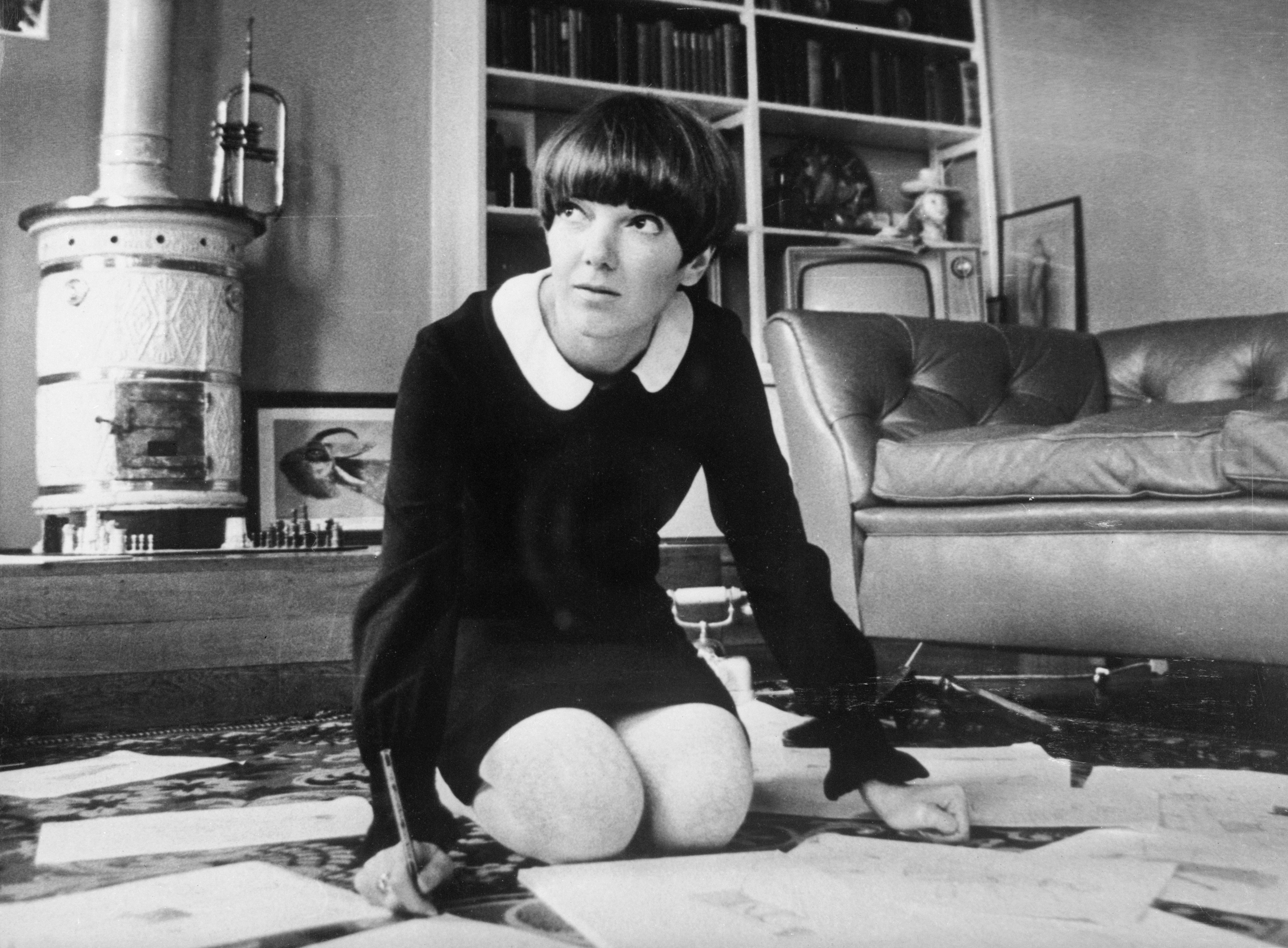 mary quant history of the miniskirt