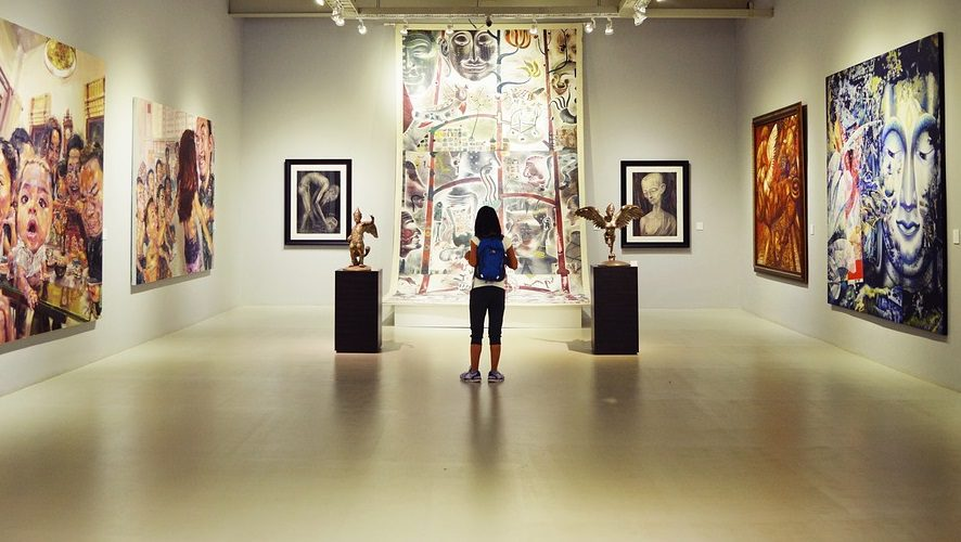 how to organise an art exhibition