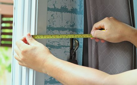 How to measure curtains and blinds in just three simple steps
