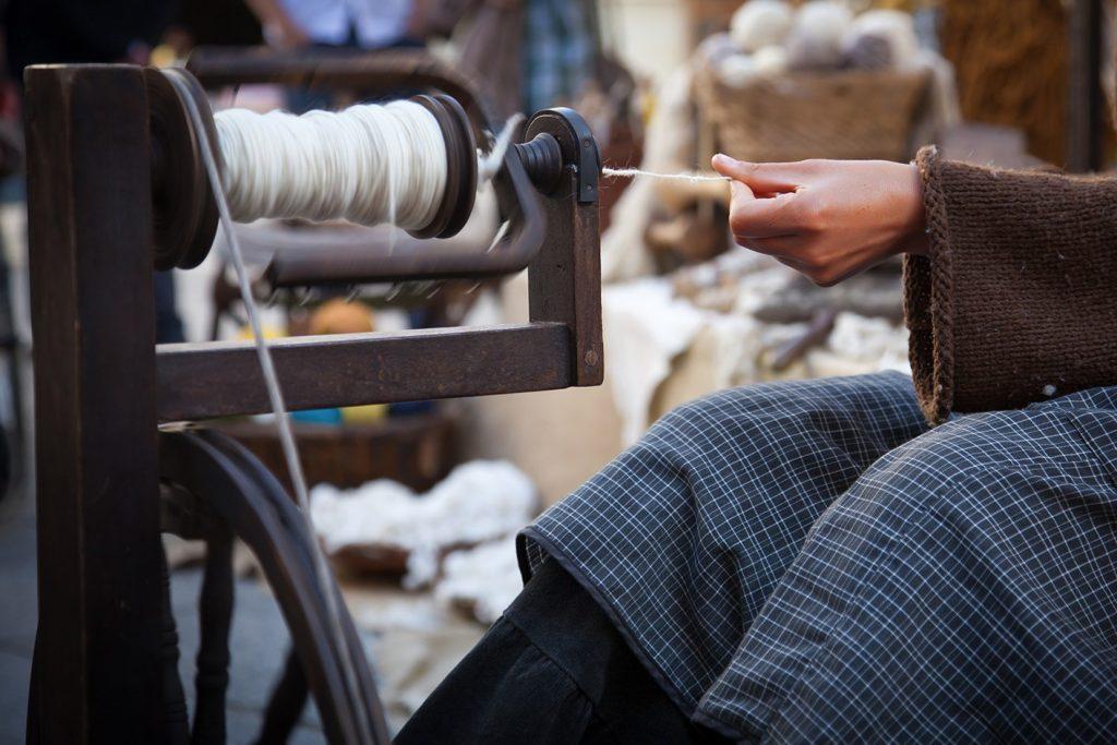 spun or filament yarn