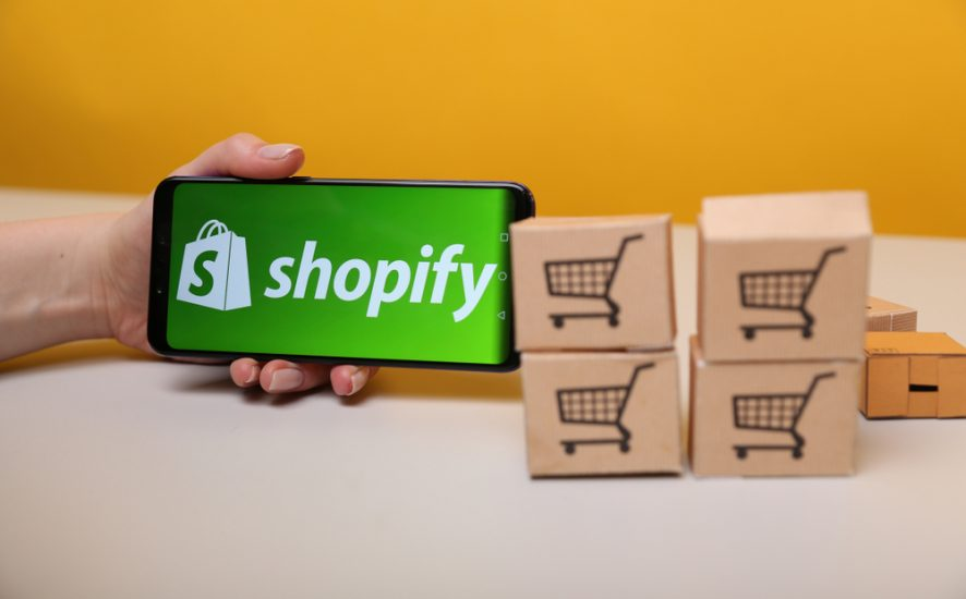 How to sell t-shirts on shopify